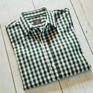UNTUCKit Button Up Long Sleeve Shirt
